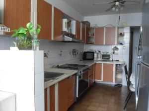 Apartamento En Venta En Valencia - Valles de Camoruco Código FLEX: 19-13545 No.9