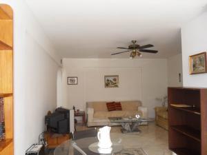 Apartamento En Venta En Valencia - Valles de Camoruco Código FLEX: 19-13545 No.4