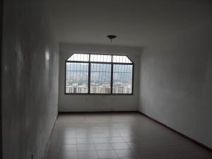 Apartamento En Venta En Valencia - Prebo I Código FLEX: 19-16504 No.2