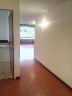 Apartamento En Venta En Caracas - Cumbres de Curumo Código FLEX: 19-15920 No.16