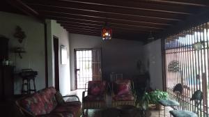 Casa En Venta En Maracay - El Castano (Zona Privada) Código FLEX: 19-16719 No.4