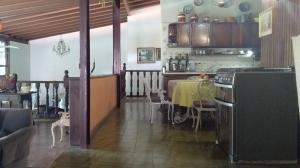 Casa En Venta En Maracay - El Castano (Zona Privada) Código FLEX: 19-16719 No.5