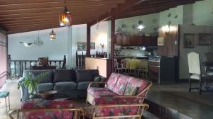 Casa En Venta En Maracay - El Castano (Zona Privada) Código FLEX: 19-16719 No.8