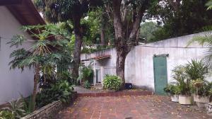 Casa En Venta En Maracay - El Castano (Zona Privada) Código FLEX: 19-16719 No.16