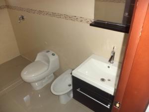 Apartamento En Venta En Valencia - La Trigaleña Código FLEX: 19-16911 No.12