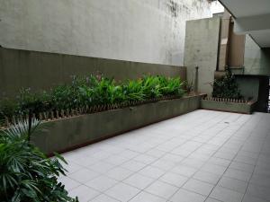 Oficina En Venta En Maracay - Zona Centro Código FLEX: 19-16953 No.2