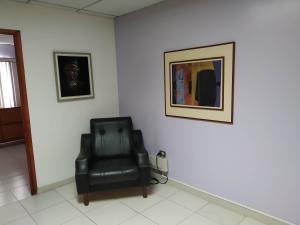 Oficina En Venta En Maracay - Zona Centro Código FLEX: 19-16953 No.6