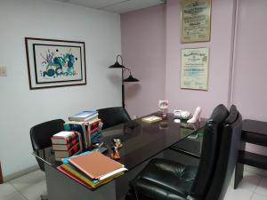 Oficina En Venta En Maracay - Zona Centro Código FLEX: 19-16953 No.10