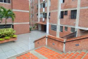 Apartamento En Venta En Caracas - La Boyera Código FLEX: 19-16973 No.1