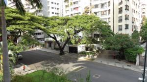 En Venta En Caracas - La Florida Código FLEX: 19-17045 No.17