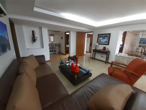 En Venta En Caracas - La Florida Código FLEX: 19-17045 No.1