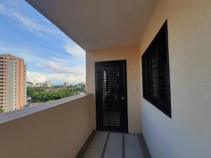 Apartamento En Venta En Valencia - Prebo I Código FLEX: 19-17209 No.15