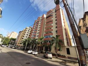 Apartamento En Venta En Valencia - Prebo I Código FLEX: 19-17209 No.1