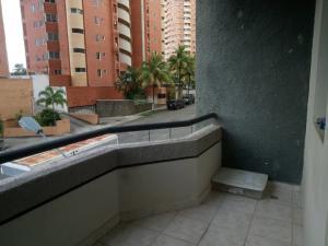 Apartamento En Venta En Valencia - El Bosque Código FLEX: 19-17196 No.12