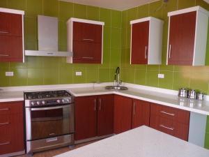 Apartamento En Venta En Maracay - La Esperanza Código FLEX: 19-17332 No.2