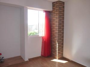 Apartamento En Venta En Maracay - La Esperanza Código FLEX: 19-17332 No.6
