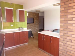 Apartamento En Venta En Maracay - La Esperanza Código FLEX: 19-17332 No.17