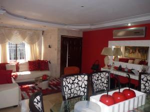 Casa En Venta En Maracay - Los Chaguaramos Código FLEX: 19-17365 No.9