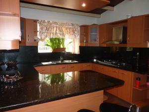 Casa En Venta En Maracay - Los Chaguaramos Código FLEX: 19-17365 No.15