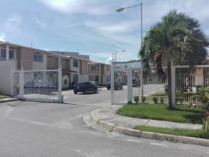 Townhouse En Venta En Maracay - La Morita Código FLEX: 19-17983 No.4