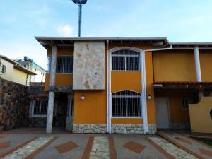 Townhouse En Venta En Maracay - La Morita Código FLEX: 19-17983 No.6