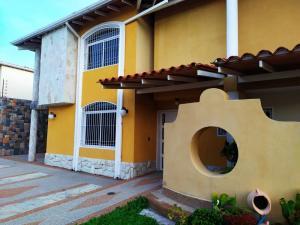 Townhouse En Venta En Maracay - La Morita Código FLEX: 19-17983 No.7