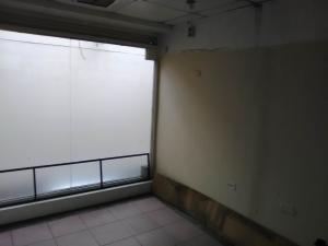 Local Comercial En Venta En Maracay - El Centro Código FLEX: 19-17791 No.2