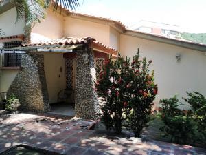Casa En Venta En Maracay - Los Caobos Código FLEX: 19-17803 No.3