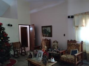 Casa En Venta En Maracay - Los Caobos Código FLEX: 19-17803 No.5