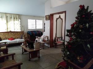 Casa En Venta En Maracay - Los Caobos Código FLEX: 19-17803 No.7