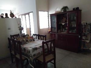 Casa En Venta En Maracay - Los Caobos Código FLEX: 19-17803 No.8