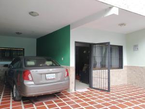 Casa En Venta En Maracay - El Limon Código FLEX: 19-17852 No.1