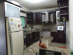 Casa En Venta En Maracay - El Limon Código FLEX: 19-17852 No.5