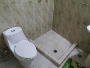 Casa En Venta En Maracay - El Limon Código FLEX: 19-17852 No.16