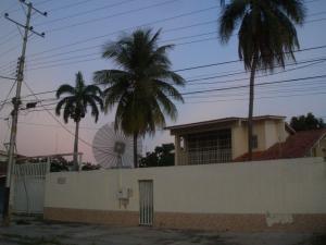 Casa En Venta En Maracay - La Floresta Código FLEX: 19-17864 No.1