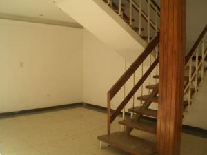 Casa En Venta En Maracay - La Floresta Código FLEX: 19-17864 No.5