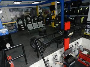 Empresa en Venta<br>Automotores<br>en Santa Monica