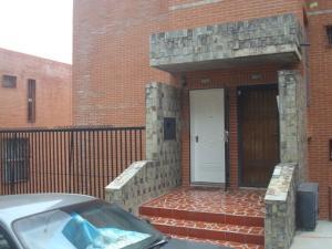 Apartamento En Venta En Caracas - La Boyera Código FLEX: 19-19175 No.1