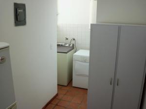Apartamento En Venta En Caracas - Santa Paula Código FLEX: 19-19170 No.4