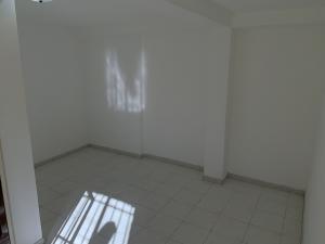 Anexo En Alquiler En Caracas - Bello Monte Código FLEX: 19-19214 No.5