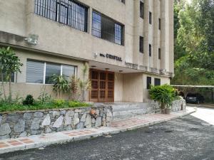 Apartamento En Venta En Caracas - La Boyera Código FLEX: 18-16077 No.1