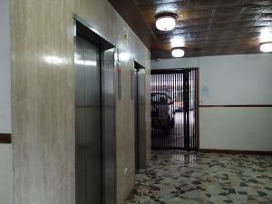 Apartamento En Venta En Caracas - La Boyera Código FLEX: 18-16077 No.3