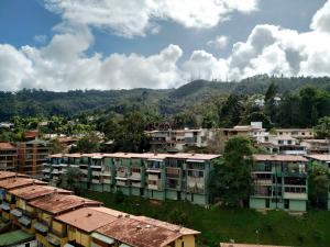 Apartamento En Venta En Caracas - La Boyera Código FLEX: 18-16077 No.17