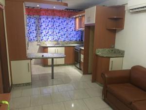 Apartamento En Venta En Caracas - Santa Monica Código FLEX: 19-19794 No.2