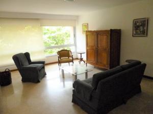 Apartamento En Alquiler En Caracas - Los Naranjos de Las Mercedes Código FLEX: 20-694 No.4