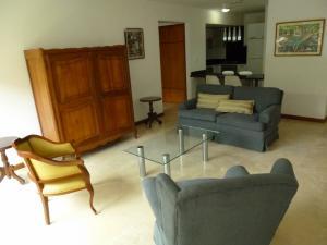 Apartamento En Alquiler En Caracas - Los Naranjos de Las Mercedes Código FLEX: 20-694 No.5