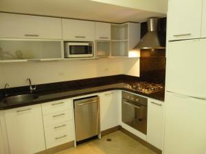 Apartamento En Alquiler En Caracas - Los Naranjos de Las Mercedes Código FLEX: 20-694 No.6
