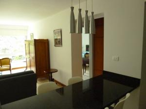 Apartamento En Alquiler En Caracas - Los Naranjos de Las Mercedes Código FLEX: 20-694 No.13
