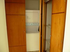 Apartamento En Alquiler En Caracas - Los Naranjos de Las Mercedes Código FLEX: 20-694 No.17