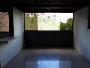 Anexo En Alquiler En Caracas - Caicaguana Código FLEX: 19-20063 No.1